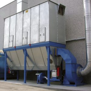 Filtri a maniche per polveri e trucioli con pulizia automatica. gge progetta e realizza impianti e filtri di aspirazione aria industriale